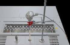 安装在顶盖内的热电偶套管,带支架.png